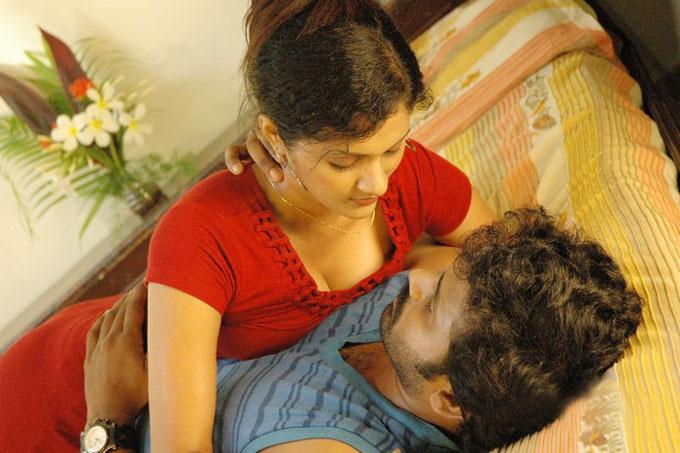 hot scene in tamil movie